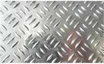 Алюминиевая пластина в клетку
